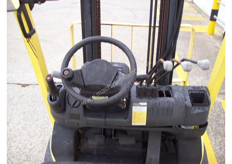 Hyster 1.8T Counterbalance Forklift - Good Condition
