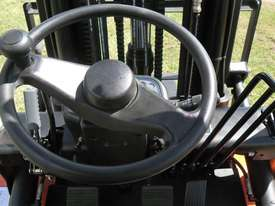 Everun Australia FD25 - 2500kg Capacity Diesel Forklift - picture7' - Click to enlarge