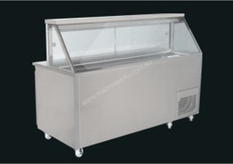 Woodson Straight Glass Sandwich Preparation Fridge