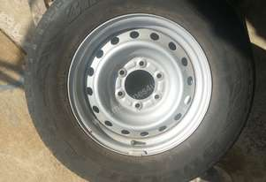 Isuzu Dmax 16 inch factory rims and tyres x 3