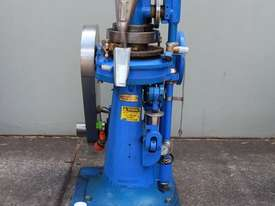 Tablet Press - picture1' - Click to enlarge