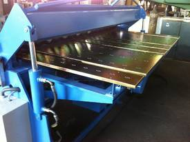 SM-FHPB3204 3200mm X 4mm CNC2 Foldmaster  - picture5' - Click to enlarge