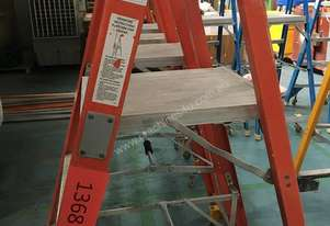 Platform Ladder 1.16 Meter Chief Industrial 4 Step with Casters