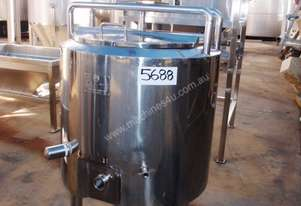 Stainless Steel Jacketed Mixing Tank, Capacity: 150Lt
