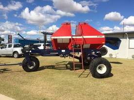 Morris 7130 Air Seeder Cart Seeding/Planting Equip - picture0' - Click to enlarge