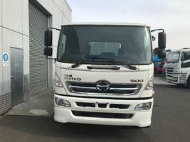Hino FM 2628-500 Series Primemover Truck - picture2' - Click to enlarge