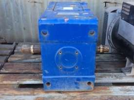 Reduction Gearbox 24.6:1 - picture1' - Click to enlarge