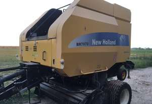 New Holland BR7070 Round Baler Hay/Forage Equip