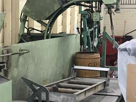 GLEASON - Crankshaft welder - picture1' - Click to enlarge
