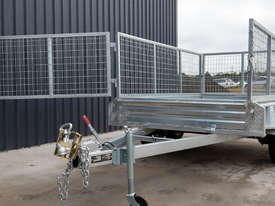 8ft x 5ft Tandem Axle Box Trailer - picture1' - Click to enlarge
