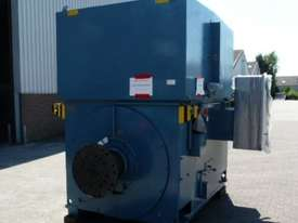4100 kw 5500 hp 8 pole 6600 volt AC Electric Motor - picture0' - Click to enlarge
