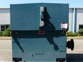 4100 kw 5500 hp 8 pole 6600 volt AC Electric Motor - picture1' - Click to enlarge