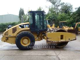 CATERPILLAR CS76 Vibratory Single Drum Smooth - picture2' - Click to enlarge