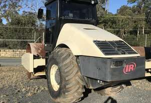 Ingersoll Rand 16 Ton Ingersol Rand roller