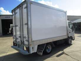 Hino 616 - 300 Series Refrigerated Truck - picture4' - Click to enlarge