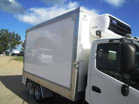 Hino 616 - 300 Series Refrigerated Truck - picture11' - Click to enlarge