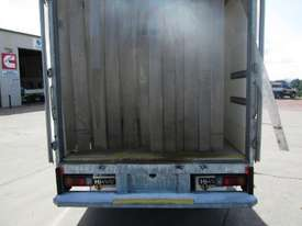 Hino 616 - 300 Series Refrigerated Truck - picture13' - Click to enlarge