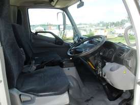 Hino 616 - 300 Series Refrigerated Truck - picture15' - Click to enlarge