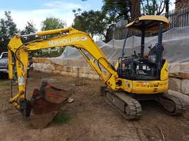 New Holland EH30B 3T Mini Excavator - picture17' - Click to enlarge