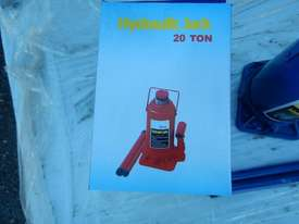 Unused Schmelzer 20 Ton Bottle Jack - 2991-124 - picture1' - Click to enlarge