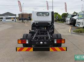 2018 Hyundai MIGHTY EX4 STD CAB MWB Cab Chassis   - picture4' - Click to enlarge