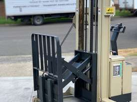 Crown 1.2T Walkie Reach Forklift with 3.8m lift FOR SALE - picture6' - Click to enlarge
