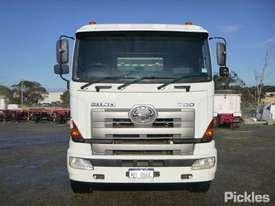 2010 Hino FS 700 2844 - picture1' - Click to enlarge