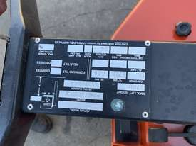 BT Walkie Stacker - Refurbished - picture2' - Click to enlarge