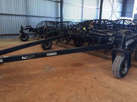 Flexicoil ST820 Seeder Bar Seeding/Planting Equip - picture0' - Click to enlarge