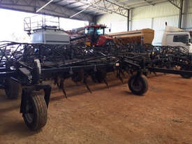 Flexicoil ST820 Seeder Bar Seeding/Planting Equip - picture1' - Click to enlarge
