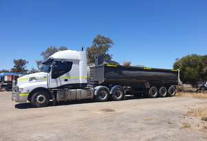 Prime Mover, road train rated, high-rise bunk
