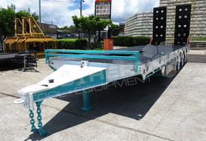 Interstate trailers ELITE Tri Axle Custom Tag Trailer Kobelco Blue ATTTAG