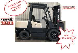BRAND NEW 3 TON DIESEL CONTAINER MAST DIESEL FORKLIFT WITH SIDESHIFT $21000 + gst!!!!
