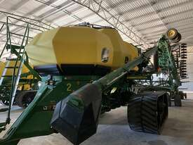 2012 John Deere 1910 Air Drills - picture1' - Click to enlarge