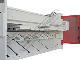 HGL-3106 Hydraulic NC Guillotine 3060 x 6mm Mild Steel Shearing Capacity 1-Axis NC Cybelec Cybtouch  - picture4' - Click to enlarge
