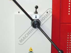 HGL-3106 Hydraulic NC Guillotine 3060 x 6mm Mild Steel Shearing Capacity 1-Axis NC Cybelec Cybtouch  - picture5' - Click to enlarge