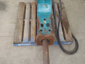 GB Hydraulic Hammer Breaker GB5T RATED 9-17 TON - picture2' - Click to enlarge