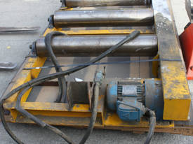 Industrial Powered Roller Conveyor .55kw 415KG - picture0' - Click to enlarge