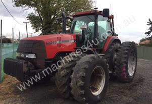 Case Ih Case MX240 Tractor