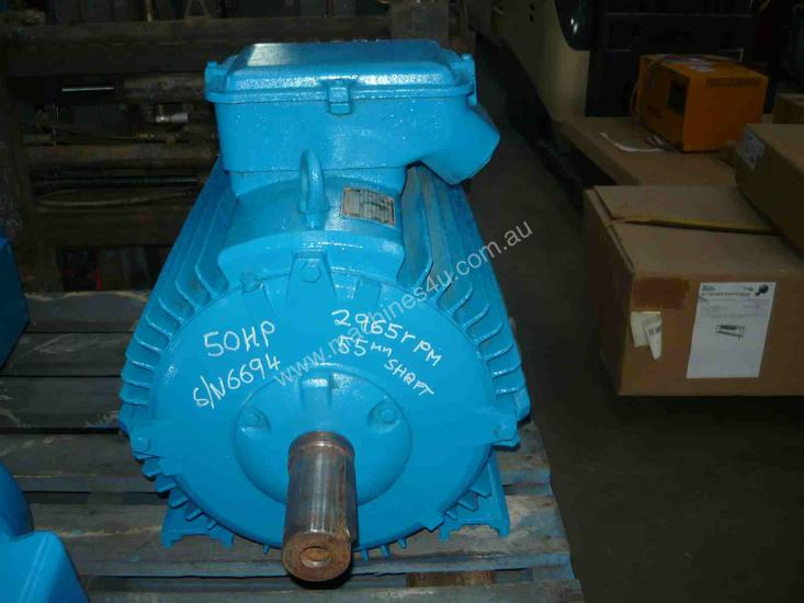 MEZ 50HP 3 PHASE ELECTRIC MOTOR/ 2965RPM