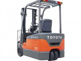 ELECTRIC FORKLIFT - picture4' - Click to enlarge