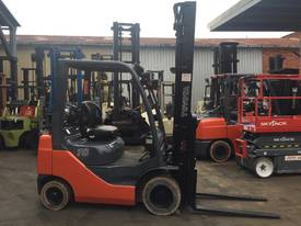 TOYOTA FORKLIFT 1.8 TON 4700MM LIFT SIDE SHIFT