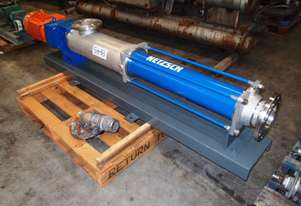 Helical Rotor Pump - In/Out: 130mm.