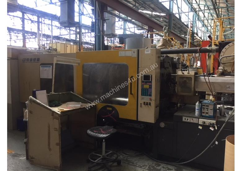 INJECTION MOULDING MACHINE CHENDY