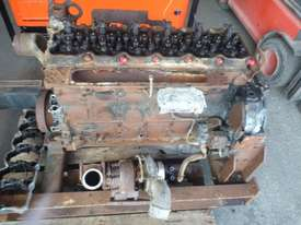 DISMANTLING CUMMINS QSB6.7 DIESEL ENGINE - picture1' - Click to enlarge