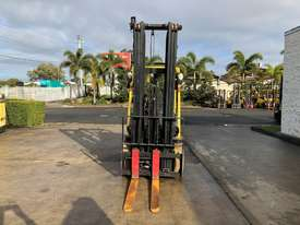 6m Lift Height 2.5T Counterbalance Forklift - picture1' - Click to enlarge