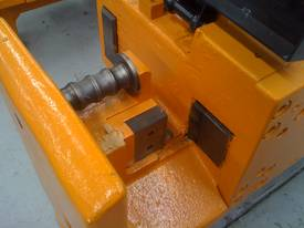 New Tecmor Reo Bar Cutter Model C.40 - picture2' - Click to enlarge