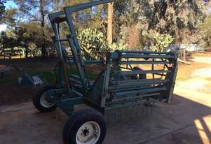 John Shearer Twin bale feeder Bale Wagon/Feedout Hay/Forage Equip