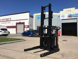 1.2 Ton Electric Stacker Pallet - picture1' - Click to enlarge