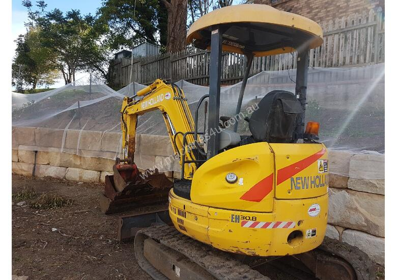 New Holland EH30B 3T Mini Excavator